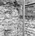 Detail noord-gevel 2e travee vanuit het oosten - Lekkerkerk - 20138261 - RCE.jpg