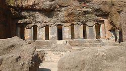 Dharashiv cave main hall front.jpg
