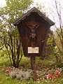 Doppler-Klinik - Kruzifix beim ehem. Totenhaus.jpg