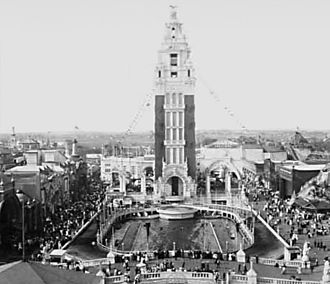 Coney Island - Dreamland tower and lagoon in 1907