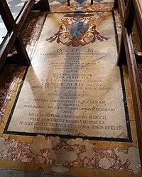 Duomo di viterbo, interno, coro dei canonici, tomba di raniero simonetti.jpg