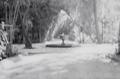 ETH-BIB-Brunnen in einem Garten in Fès -unscharf--Nordafrikaflug 1932-LBS MH02-13-0338.tif