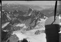 ETH-BIB-Dent du Géant, Glacier du Tacul, Aiguille du Midi, Grandes Jorasses v. W. aus 5000 m-Inlandflüge-LBS MH01-001275.tif