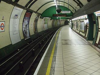 Bakerloo line - The northbound Bakerloo line platform at Edgware Road