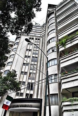 Condesa - Basurto Building