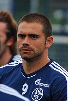 edu footballer born 1981 wikipedia