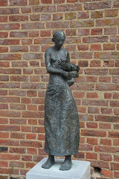 Edward van Daele, Meisje met linnen, Schulen