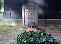 Ehrengrab Mehringdamm 21 (Kreuz) Johann Franz Encke.jpg