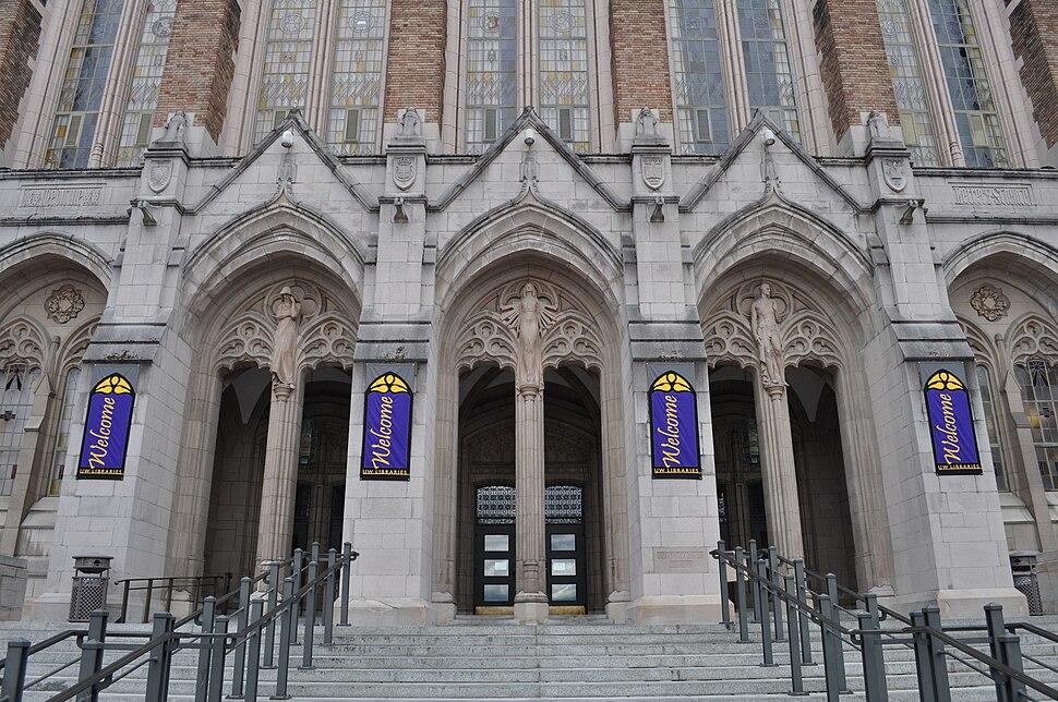 Entrance of Suzzallo Library.jpg