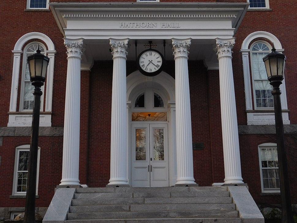 Entrance to Hathorn Hall
