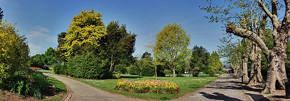 Entrance to Wellington Park, Somerset -resized.jpg