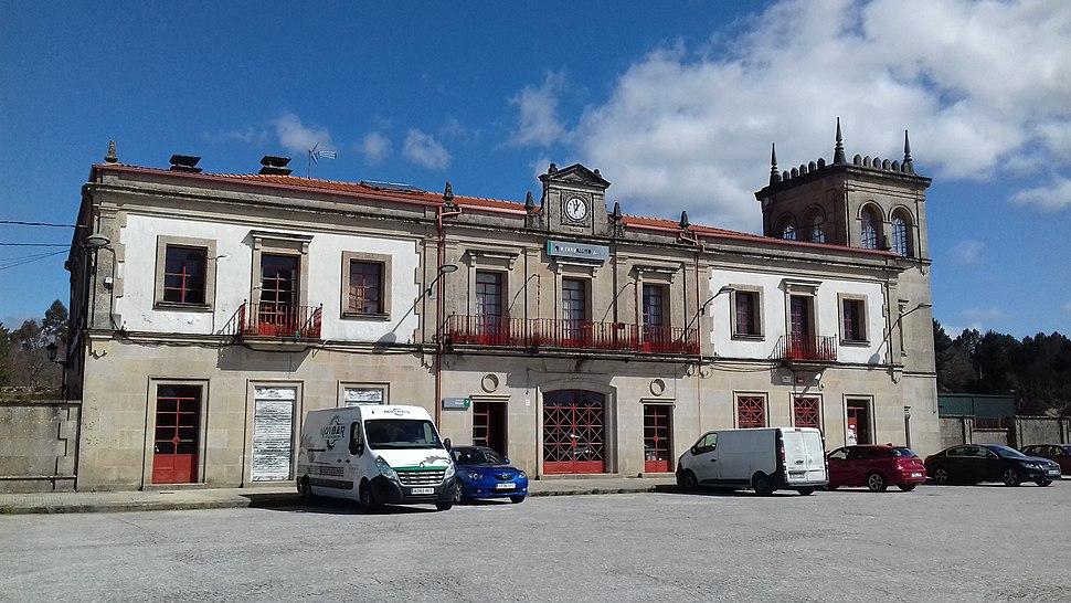 Estación do Carballiño