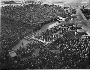 History of Wichita, Kansas - 1000th B-29 Superfortress delivery ceremony at Boeing in February 1945.
