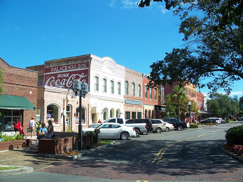 File:Fernandina Beach FL HD Centre Street03.jpg
