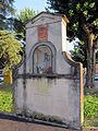 Fi, tabernacolo a villamagna con stemma antinori 01.JPG