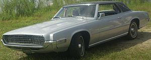 Ford Thunderbird (fifth generation)