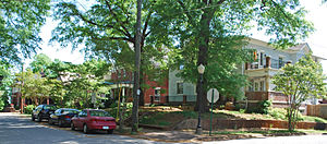 Fort Wood Historic District - Houses on Fort Wood Street