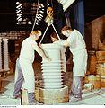 Fotothek df n-15 0000187 Facharbeiter für Sintererzeugnisse.jpg