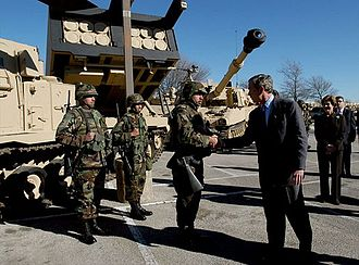 Fort Hood - President George W. Bush meets U.S. Army Soldiers during a visit to Fort Hood. (2003)