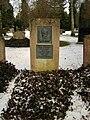 Göttingen Stadtfriedhof Grab Carl Wiechert.jpg
