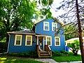 Gabled Ell Style House - panoramio.jpg