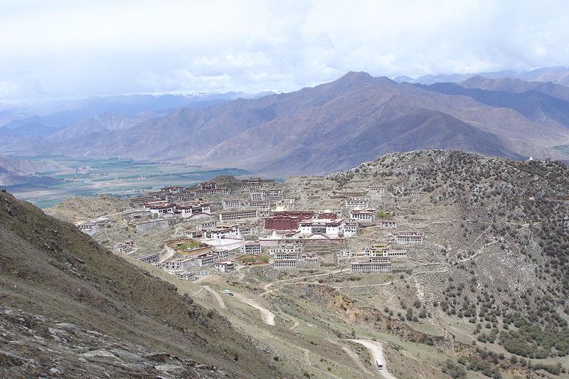 Монастырь Ганден — легендарная обитель Будды Майтреи