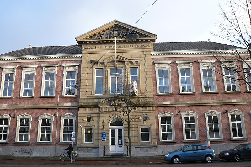... jongens, neoclassicistisch in Haarlem   Monument - Rijksmonumenten.nl: rijksmonumenten.nl/monument/19830/gemeentelijke school voor jongens...