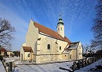 Gerasdorf bei Wien - Kirche hll. Petrus und Paulus (2).JPG