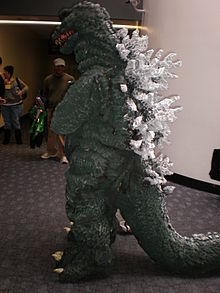 Godzilla cosplayer at WonderCon 2009 1.JPG
