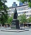 Goethe-denkmal-ffm-011.jpg