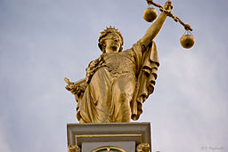 Golden Lady Justice, Bruges, Belgium (6204837462)