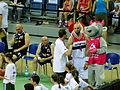 Gortat Team vs Wojsko Polskie - Gortat chatting.JPG