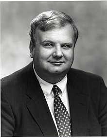 Governor Lawrence B Lindsey 140501.jpg