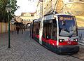 Grinzing Endstation Tram 38 Wien 1019 (13816769435).jpg