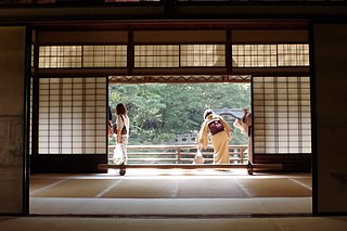 <i>Shoji</i> Japanese sliding paper door