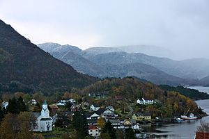 Gulen - View of Eivindvik (photo: Bjarne Thune)