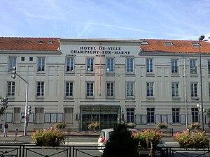 Champigny-sur-Marne - City hall, Champigny-sur-Marne