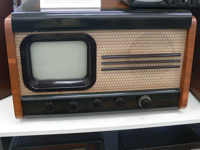 File:Höritz Museum - Fernseher Tesla 40001A.jpg