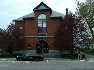 Culture of New England - Opera houses and theaters, like the Vergennes Opera House in Vergennes, Vermont, are popular in New England towns.