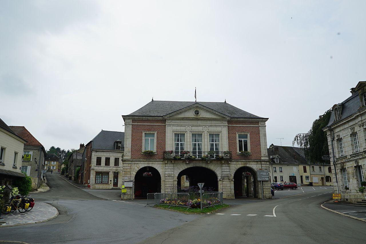 Halle Mairie de Signy 01948.jpg