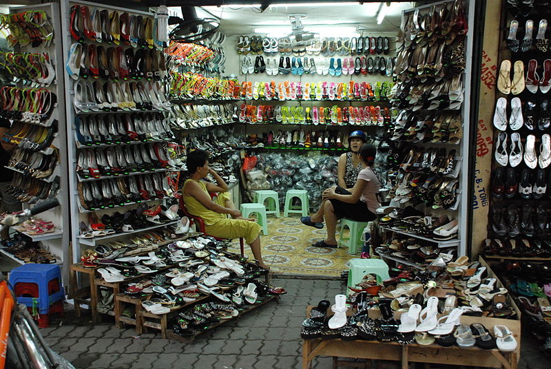 Best things to do in Bandung for Shopping. You may also enjoy more in West Java: 20 Best Things to do in Garut, West Java, Indonesia and Things to Do in Sumedang (Amazing Natural Charm) 9.