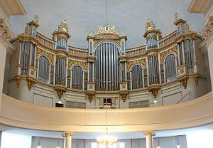 Helsinki Dom Orgel.jpg