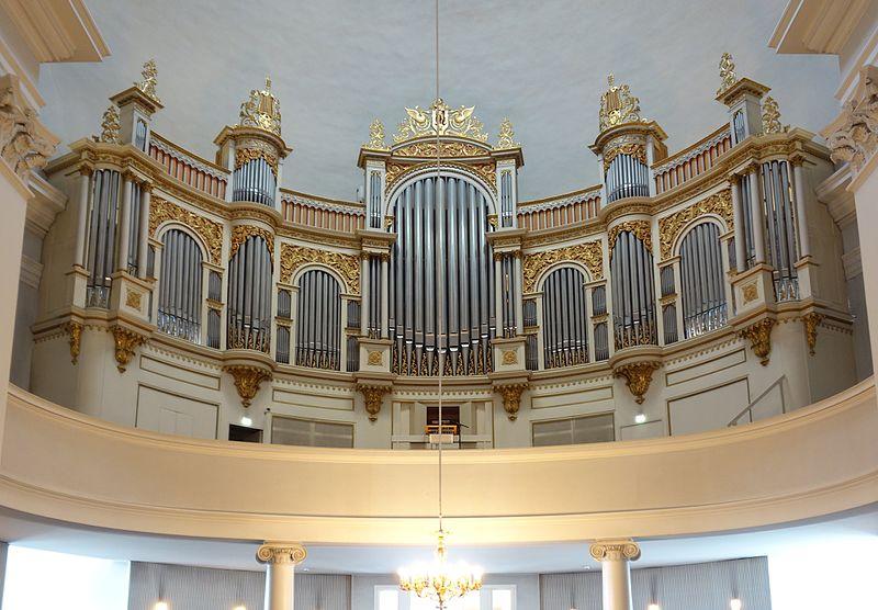 Datei:Helsinki Dom Orgel.jpg