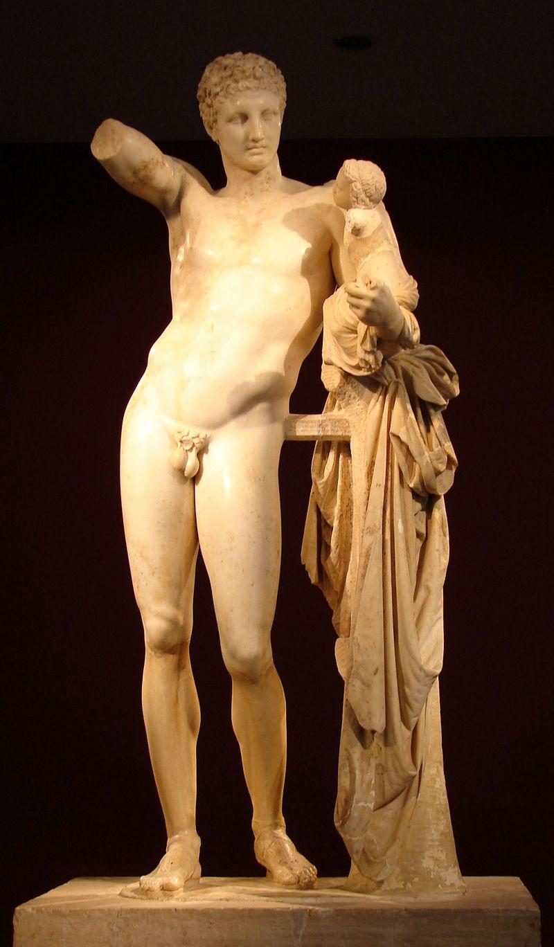 Praxíteles tenía una gran habilidad para imprimir a sus estatuas un aspecto sensual, como puedes ver en esta copia helénica o romana de su Hermes con el niño Dioniso (hacia 320 a.C.-310 a.C.)