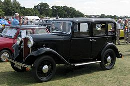 Hillman Minx 1124cc first reg December 1932.JPG