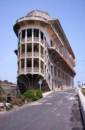 Cerbère - Baille's brilliant building, the Hotel Belvedere du Rayon Vert