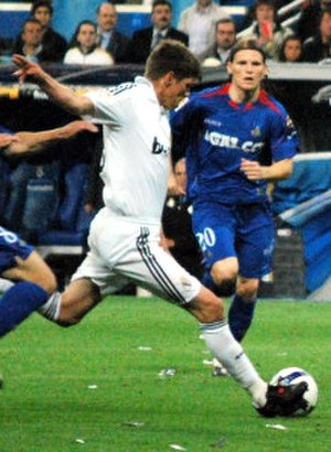 Klaas-Jan Huntelaar - Huntelaar playing for Real Madrid