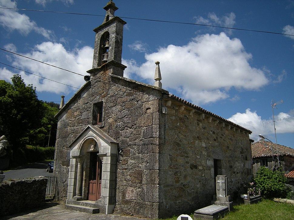 Igrexa parroquial de Santa Eufemia do Monte, Toques