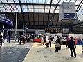 In Glasgow Queen Street station 06.jpg