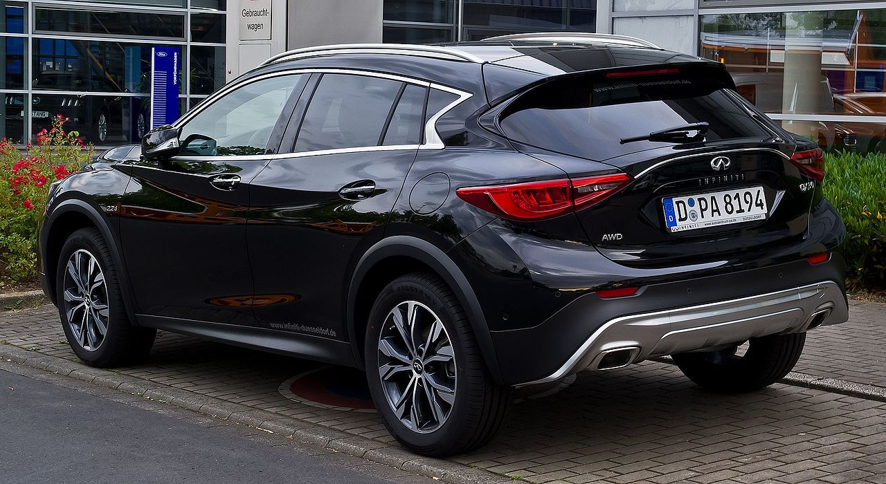 file infiniti qx30 awd premium tech heckansicht 4 juni 2017 d wikimedia. Black Bedroom Furniture Sets. Home Design Ideas